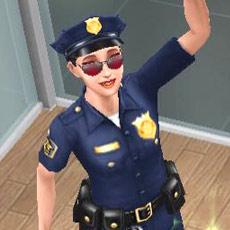 笑顔で手を振る警察官シム(The Sims フリープレイ)