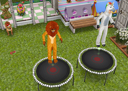 ライオンとユニコーンのコスチュームを着てトランポリンする小学生たち(The Sims フリープレイ)