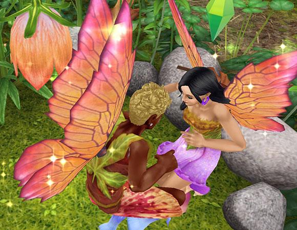 魔法の羽で妖精姿の男女シム。向き合ったまま、キラキラ飛ぶ(The Sims フリープレイ)