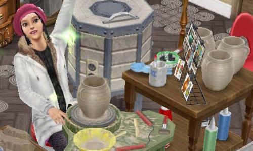 フレンチロマンスイベントで、陶器工作セットに座り、手作りした陶器に喜ぶティーンシム(The Sims フリープレイ)
