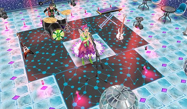 青い円形模様のラグでできたステージで、スピンランプやLEDフロアランプに照らされながら熱演するボーカルとドラムのティーンアイドルシムたち(The Sims フリープレイ)