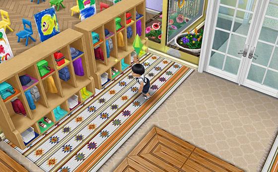 小さなコートロッカーを見て喜ぶ幼児シム(The Sims フリープレイ)