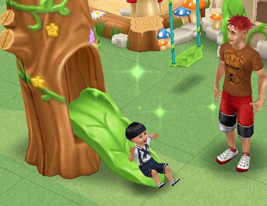 森のすべり台で遊ぶシムたち(The Sims フリープレイ)