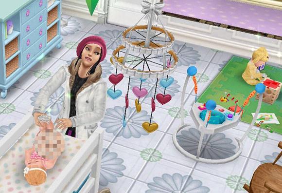 オムツ替えをしながら、プレイマットで遊ぶ他の赤ちゃんシムもきにするティーンシム(The Sims フリープレイ)