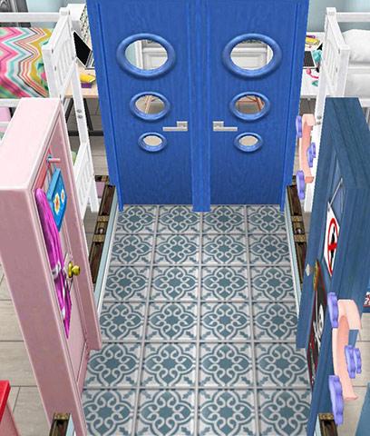 青い地中海風タイル、レトロドア、青のティーンのドア、バッグ好きのティーンのドア、紫の月のナイトライトをレイアウトした廊下(The Sims フリープレイ)