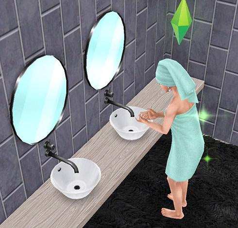 シャレーのダブルシンクを使う、バスタオル姿の女性シム(The Sims フリープレイ)