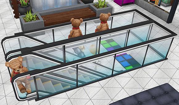 エスカレーターで危ない座り方をするテディベアたち(The Sims フリープレイ)