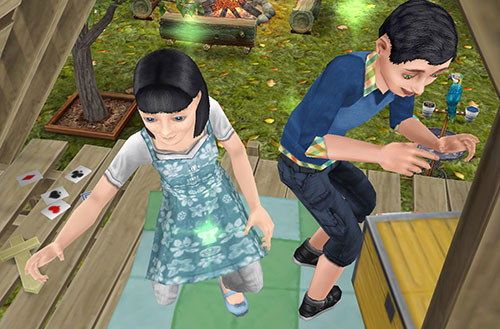 「子供用ツリーハウス」の中で遊ぶ小学生シムたち(The Sims フリープレイ)
