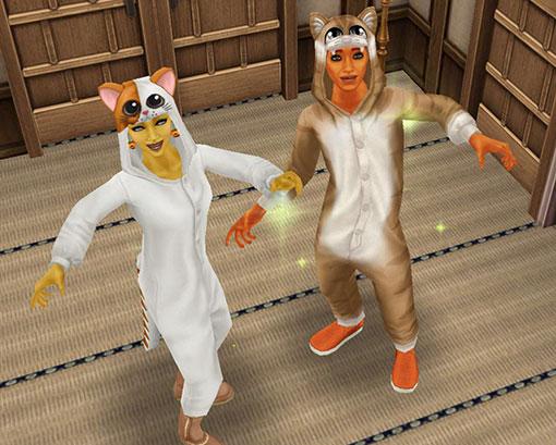 畳の部屋ではしゃぐ化け猫シムたち(The Sims フリープレイ)