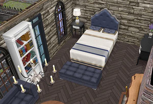 ゴーストハウス:主寝室のベッド、オットマン、石造りの壁(The Sims フリープレイ)